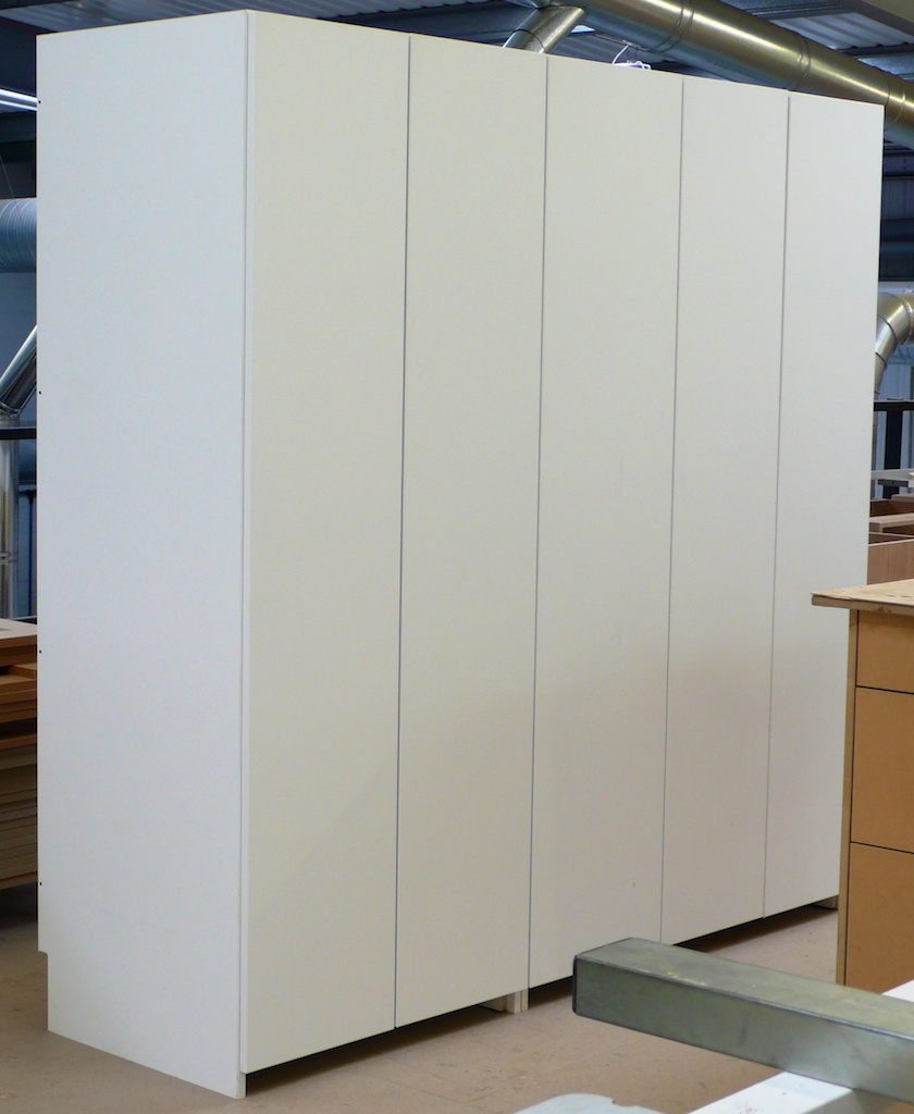 White wardrobe diy wardrobes information centre - Walk in wardrobes diy ...