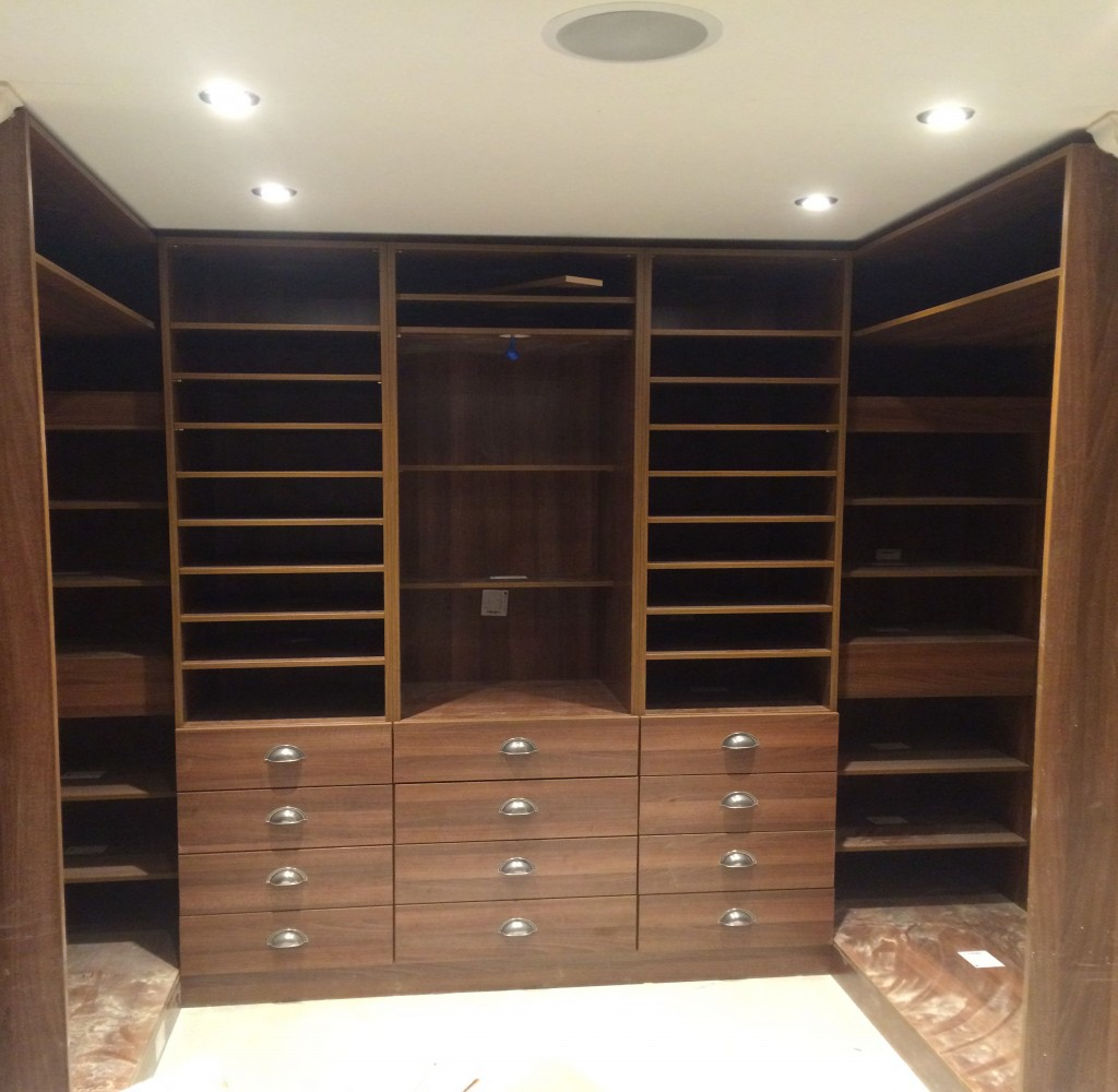 Walk-In wardrobe 'his'