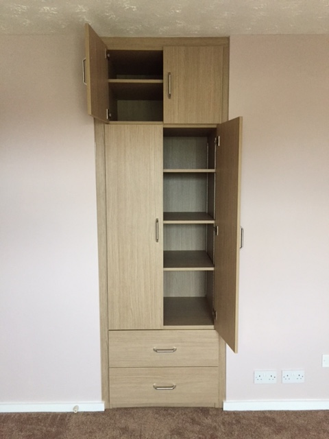 Tall unit  in Aragon Oak with scribes
